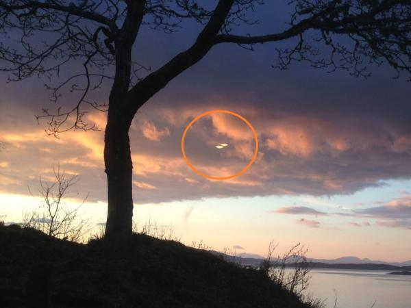 2 ufos sighted in scotland
